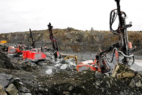 Sodankylässä sijaitsevan Kevitsan kaivoksen omistaa Kevitsa Mining, joka on kansainvälisen First Quantum Minerals Ltd:n tytäryhtiö.