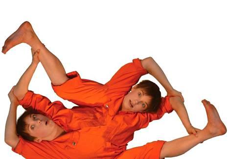 Circus Helsingin esityksessä nähdään myös akrobatiaa.