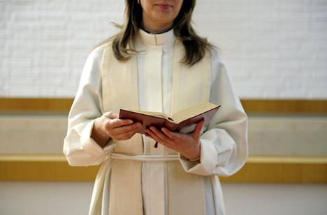 Evankelis-luterilainen kirkko pitää avioliittoa miehen ja naisen välisenä.