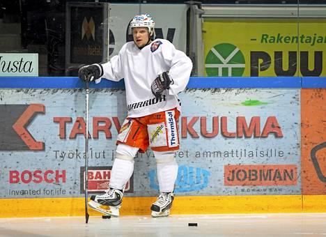 Tuukka Mäntylä palaa Tapparaan, jossa pelasi viimeksi kaudella 2012-13.