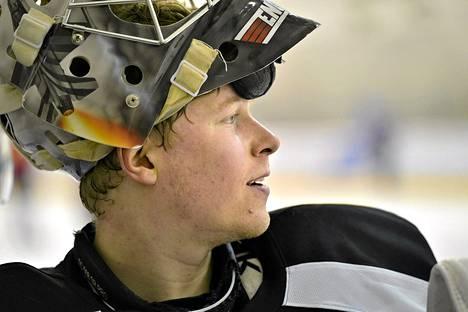 Atte Engren jatkaa uraansa KHL:ssä.