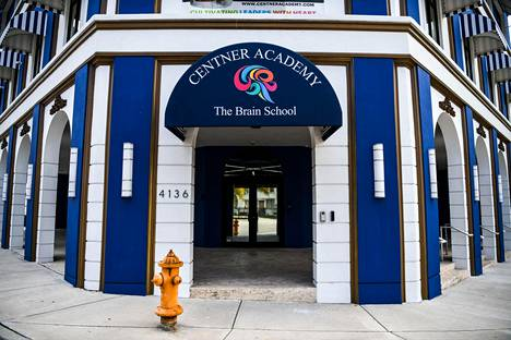 Yksityiskoulu Centner Academy Floridan Miamissa vastustaa henkilökunnan rokotuksia.