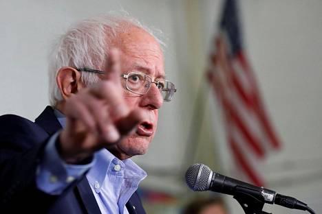 Demokraattien presidenttiehdokkaaksi pyrkivän Bernie Sandersin mukaan kaikki vaikutusyritykset ovat täysin sopimattomia.