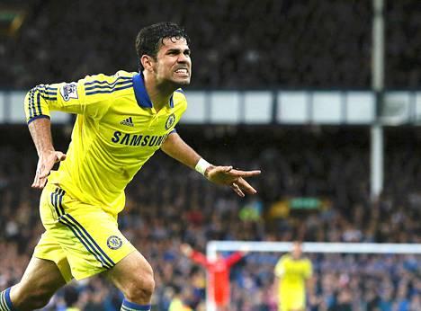 Diego Costa tuuletti kahta maalia Evertonin vieraana.