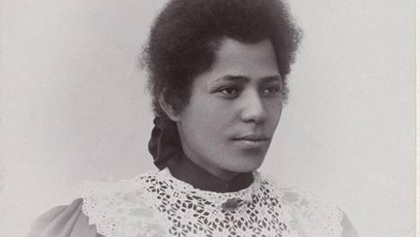 Käyntikorttikuva Rosa Emilia Claysta Sortavalassa vuonna 1899.