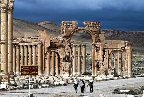 Palmyran kaupunki sijaitsee 215km Damaskoksesta koilliseen.