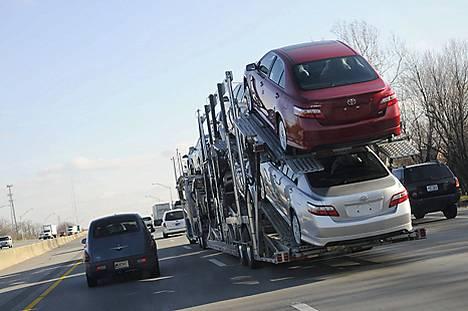 Palkka-ale ei kelvannut, tukipaketti USA:n autoteollisuudelle kaatui