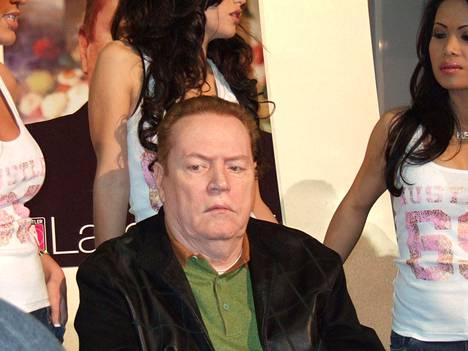 Larry Flynt on tehnyt omaisuuden The Hustler -pornolehdellä.