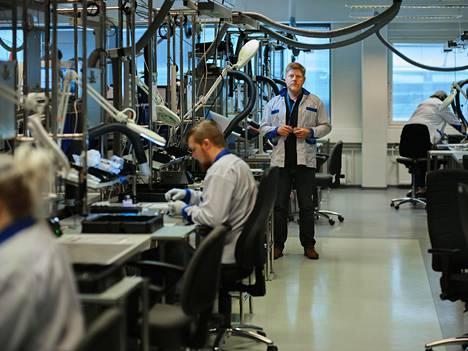 Iloqin teknologiajohtaja Timo Ainali johtaa yhtiön elektromekaanisten lukkojen tuotekehitystä Oulussa.