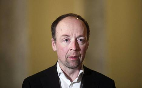 Perussuomalaisten puheenjohtaja Jussi Halla-aho eduskunnassa joulukuussa.