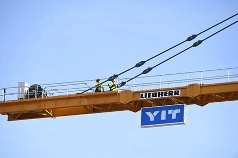 YIT vähentää korkeintaan 240 työpaikkaa Suomesta.