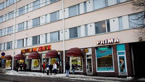Helsingin kaupunki peri asuntoja muun muassa tästä Porvoonkadulla sijaitsevasta kerrostalosta.