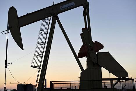 Öljyntuotantolaitos Yhdysvaltain Oklahomassa.