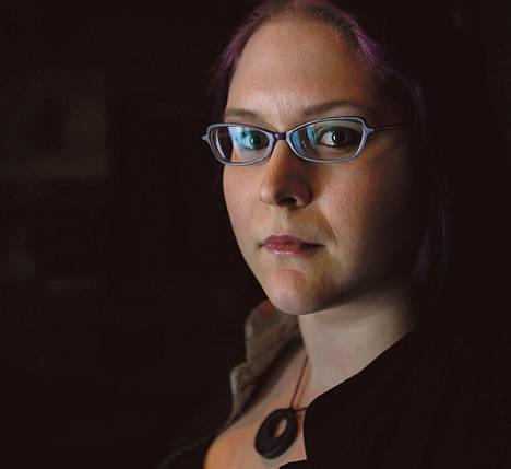 Maria Pettersson on käsitellyt ohjelmassaan esimerkiksi naisten syrjimistä nettipeleissä.