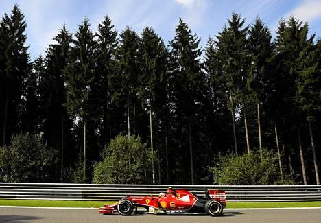 Kimi Räikkönen ei ollut tyytyväinen autonsa säätöihin.