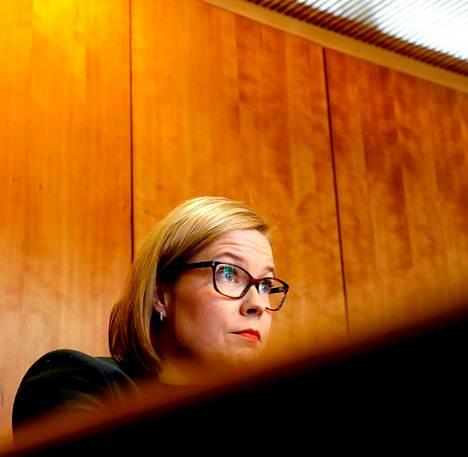Sosiaali- ja terveysministeri Laura Räty uskoo, että tuore eläkeratkaisu kestää seuraavat 20 vuotta.