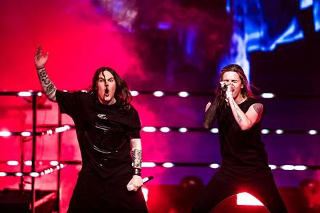 Oululainen Blind Channel esitti Uuden musiikin kilpailussa kappaleen Dark Side.