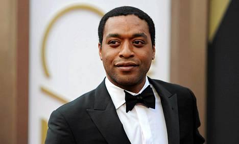 Chiwetel Ejiofor esitti Solomon Northupia, mustaa orjaa, elokuvassa 12 years a slave. Hän pääsi näyttelijätyöstään ehdolle Oscar-palkinnon saajaksi mutta jäi kuitenkin palkitsematta sunnuntaina Hollywoodissa.