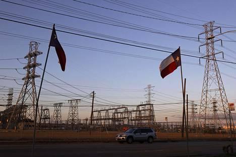 Houstonin pormestarin mukaan on ollut pitkään selvää, että Texasin itsenäinen sähköverkko on haavoittuvainen äärimmäisen sään edessä. Kuva Houstonista sunnuntailta.