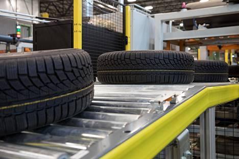 Nokian Renkaiden tehdas Yhdysvalloissa Daytonissa avattiin lokakuussa ja tuotanto siellä alkoi tammikuussa.