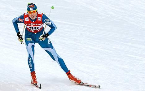 Mona-Liisa Malvalehto hiihti toiseksi naisten sprinttikilpailun puolivälierässä Val Di Fiemmessä torstaina.