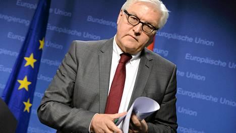 Saksan ulkoministeri Frank-Walter Steinmeier EU:n ulkoministerikokouksen jälkeen maanantaina.