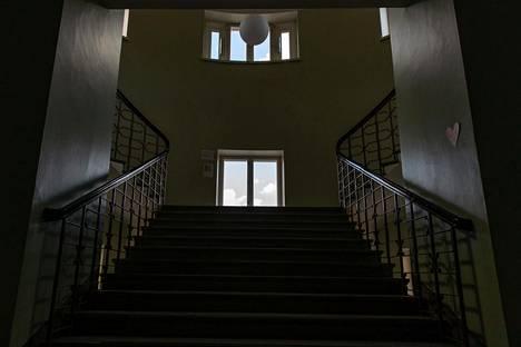Näkymä portaikkoon.