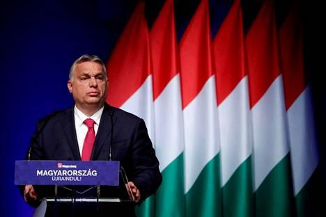 Unkarin pääministeri Viktor Orbán puhui keskiviikkona liike-elämän konferenssissa Budapestissa.