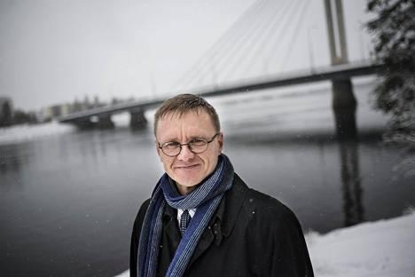Arktisen keskuksen johtaja Timo Koivurova.