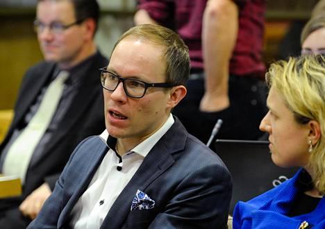 Lasse Männistö (kok) jättää politiikan huhtikuun kuntavaalien jälkeen. Hän sanoo olevansa päätöksestä sekä helpottunut että haikea.
