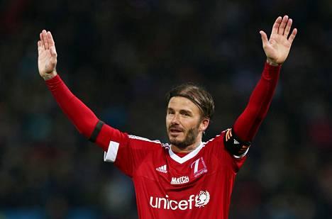 David Beckham pelasi Unicefin hyväntekeväisyysottelussa Manchester Unitedin Old Traffordilla 14. marraskuuta.