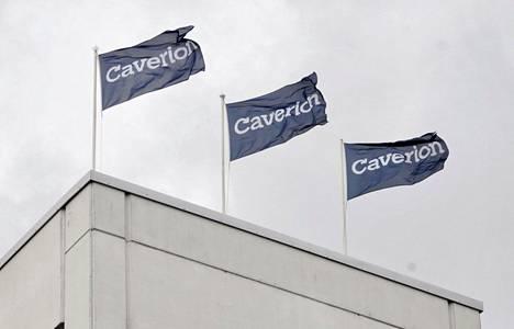 Caverion-yhtiön liput liehuvat yhtiön pääkonttorilla Helsingissä.
