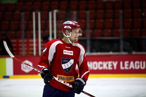 Vili Sopanen osallistui HIFK:n harjoituksiin.