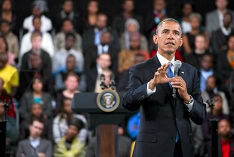 Presidentti Barack Obama vastasi opiskelijoiden kysymyksiin Johannesburgin yliopiston kampuksella Sowetossa.