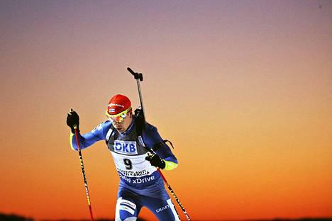 Suomen miesten ampumahiihto on alamaissa. Kuvassa Ahti Toivonen, joka sijoittui MM-kisojen normaalimatkalla parhaana suomalaisena sijalle 51.