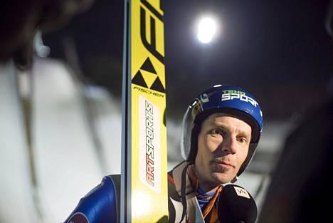 Janne Ahonen oli paras Lahden suurmäessä.