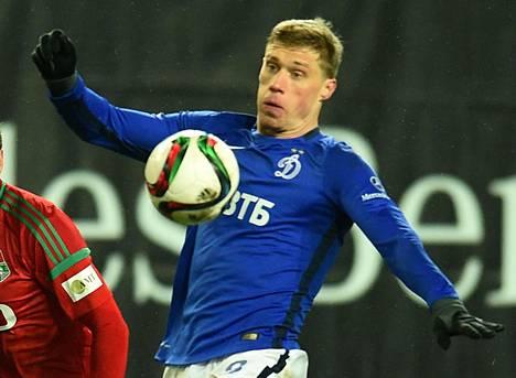 Pavel Pogrebnjak kuvattuna 30. marraskuuta 2015, jolloin hän pelasi Moskovan Dinamossa.