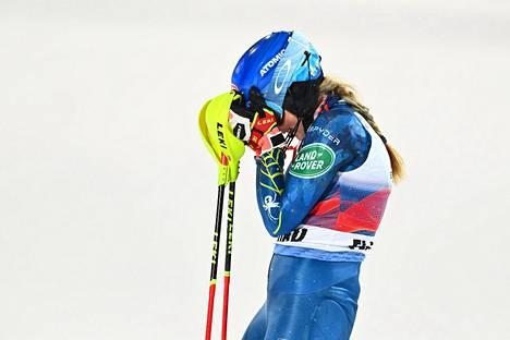 Yhdysvaltain Mikaela Shiffrin voitti naisten maailmancupin pujottelun Itävallan Flachaussa 12. tammikuuta.