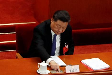 Presidentti Xi Jinping äänesti myös Hongkongin turvallisuuslakien edistämisestä.