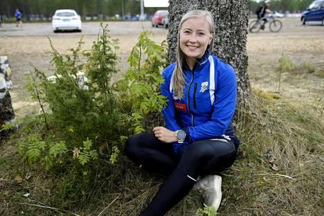 Anna Närhi juoksi Suomen ankkurina sprinttiviestissä.