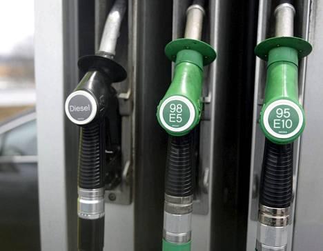 Tammikuussa kuluttajahintoja nosti muun muassa bensiinin kallistuminen.