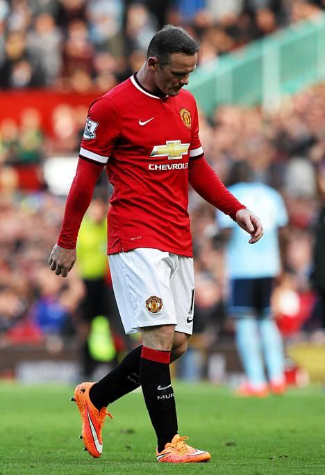 Rooney sai punaisen kortin viikonloppuna West Hamia vastaan.