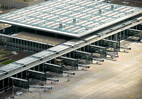 Ilmakuva Berliinin uudesta lentokentästä.