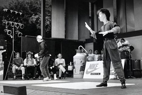 Breakdancen SM-kisat pidettiin Linnanmäellä syyskuussa 1984.