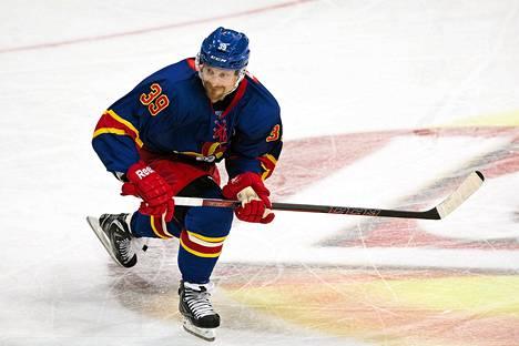 Niko Kapanen on Jokerien kapteeni seuran KHL-avauksessa.