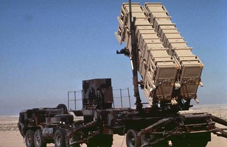 Saudi-Arabia käyttää yhdysvaltalaista Patriot-ilmatorjuntajärjestelmää. Kuvassa Israelin armeijan käytössä ollut Patriot-ohjuslaukaisin Persianlahden sodan aikana vuonna 1991.