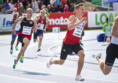 Oskari Mörö otti pitkissä aidoissa jo uransa viidennen Suomen mestaruuden.