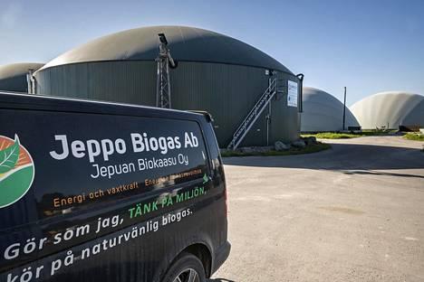 Biokaasun tuotantoa on viime aikoina tullut lisää. Jepuan Biokaasun tuotantolaitokset sijaitsevat Uusikaarlepyyssä.