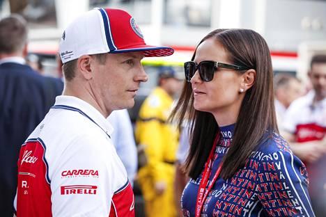 F1-kuljettaja Kimi Räikkönen ja Minttu Räikkönen kuvattuna Monacossa keväällä 2019.