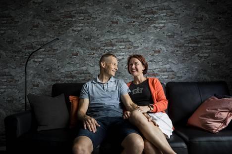 Pia Vesterbacka ja Jukka Keski-Jaskari löysivät toisensa leskeksi jäätyään.